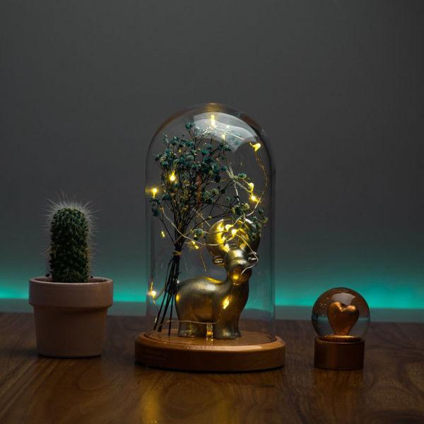 Işıklı Cam Fanus Gümüş Geyik Figürlü resmi