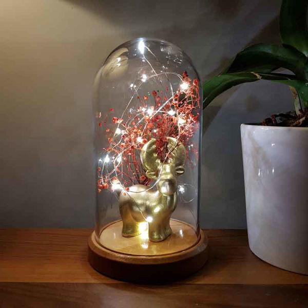 Işıklı Cam Fanus Gold Geyik Figürlü resmi